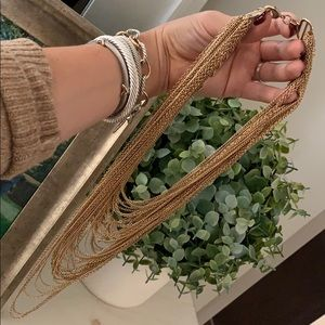 Gorgeous gold layered necklace!!!